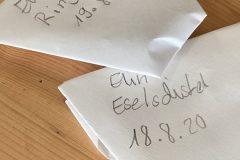 Samentüten-selbstgemacht-Gartenkids-Frau-Fadegrad